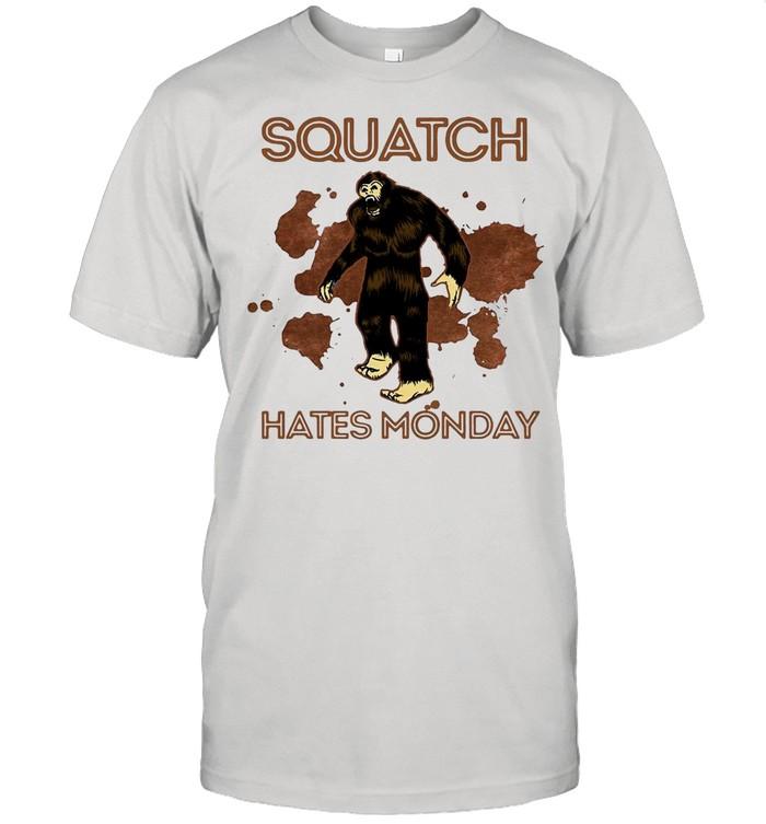 Bigfoot Squatch Hates Monday shirt Classic Men's T-shirt